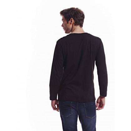 black long sleeve regular tee